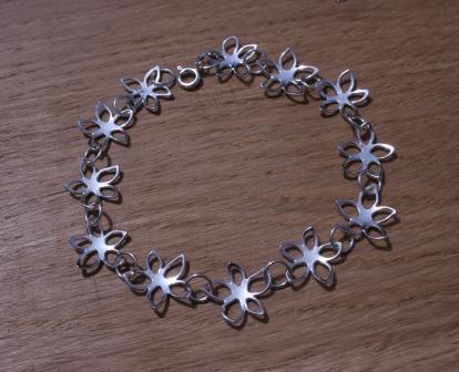 Flower_Bracelet_ANE1376315944_9224