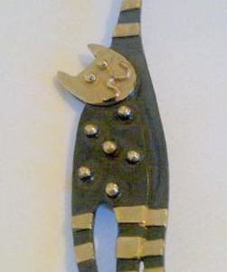 PW_cat_brooch1381081145_2403