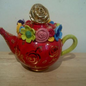 mary_rose_young_teapot1334158707_7104