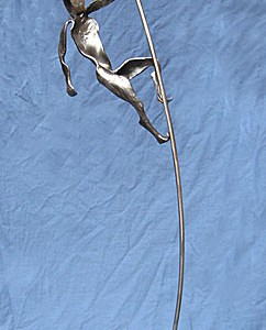 sculpture_figure_pole_16