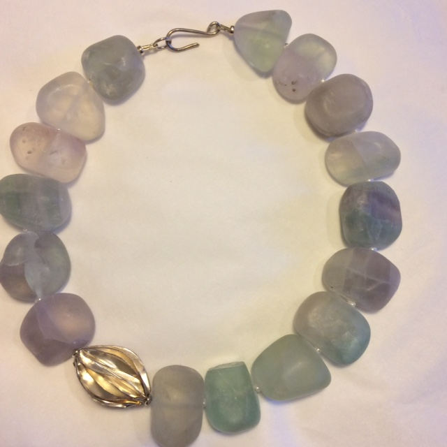 Necklace in Fluorite with Fresh Water Pearls and Silver