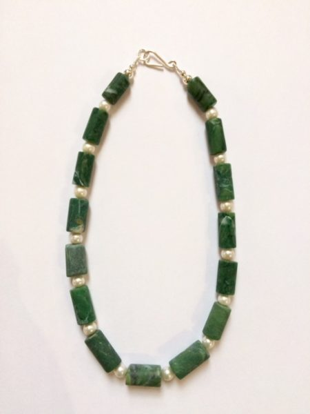 Necklace in Verdite with Fresh Water Pearls