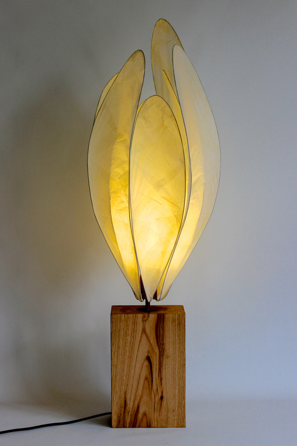 Crocus Table Light in Cream