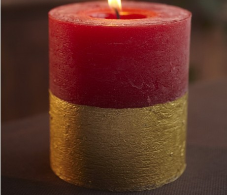 Figgy Pudding Gold Dipped Candle