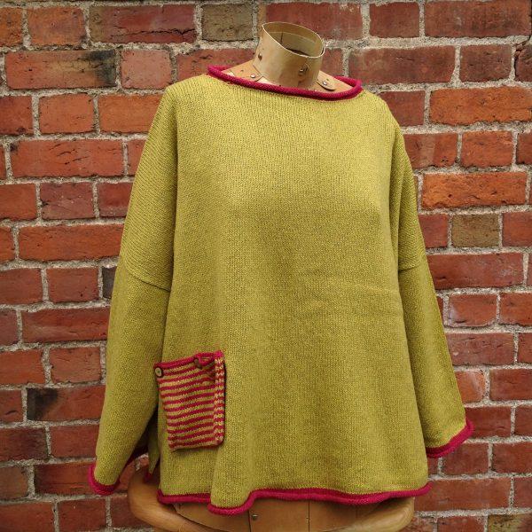Calypso Tunic Sweater inSap/Cerise