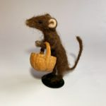 Needle Felted Mouse gathering flowers for dinner