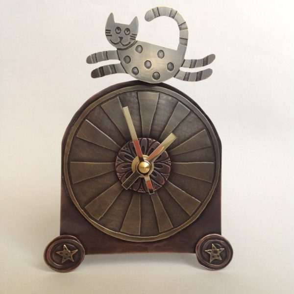 Freestanding Clock Leaping Cat