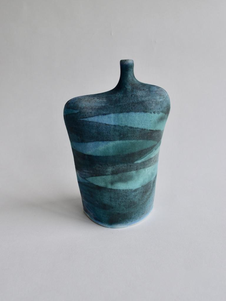 Stoneware Wide Waves Bottle