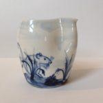 Porcelain Pinch Pourer 'Mouse'