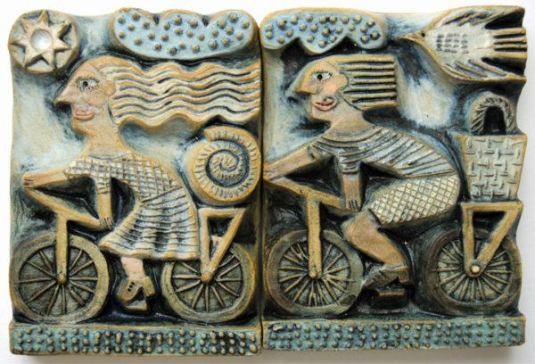 Ceramic Relief Picnic Blanket &PicnicBasket