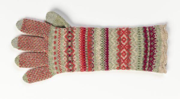 Alpine Gloves in Old Rose