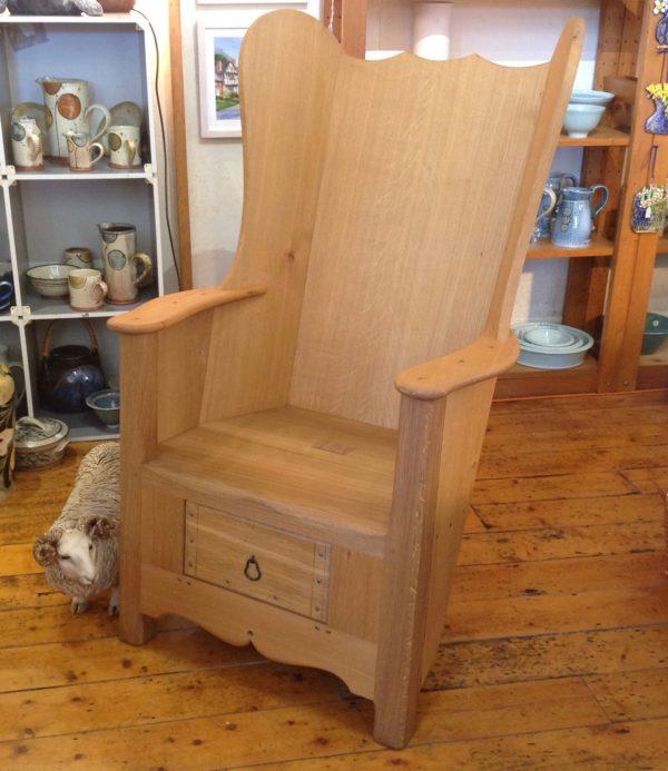 Traditional Oak Lambing Chair